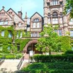 Top 26 đại học hàng đầu Canada 2015/2016