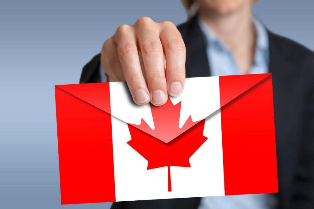 Kết quả hình ảnh cho cả gia đình nhập cư tại Canada